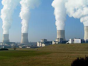 Rosja pomoże Iranowi wybudować elektrownie atomowe
