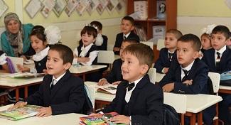 Tadżycy chętniej wysyłają dzieci do rosyjskich szkół niż do tadżyckich